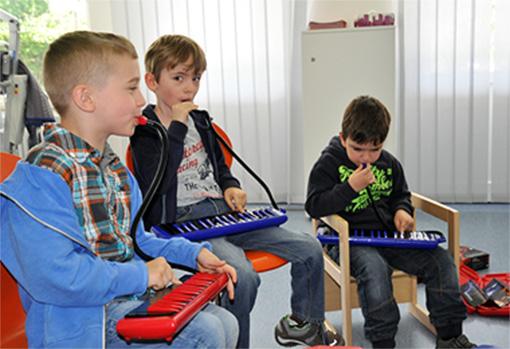 mimi Camp im Dr. von Haunscherschen Kinderspital: Melodikas